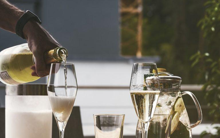 Bon champagne moins de 20 euros : où peut-on en trouver ?